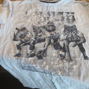 2 large 10-12 boys old navy tees